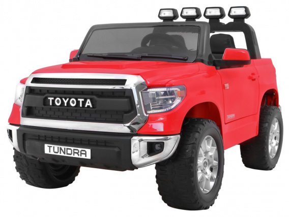 Vehicle Toyota Tundra Red