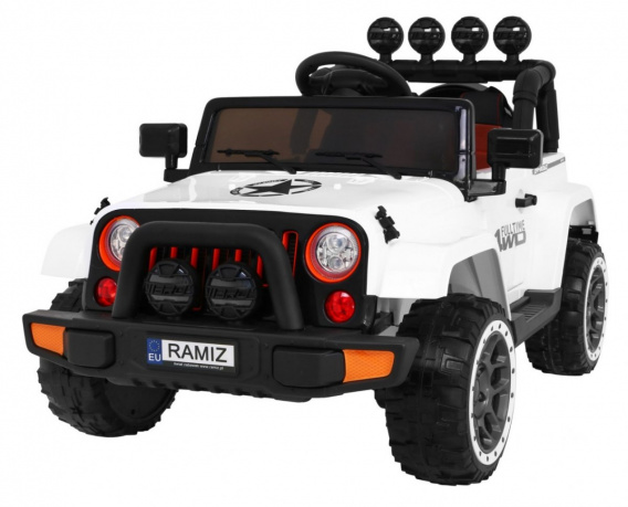 Full Time off-road vehicle 4WD White